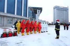 黑龙江:伊春消防开展疫情防控期间灭火救援实战演练